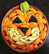 Halloween-fruit-tray website